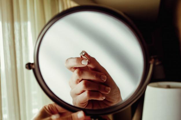 Find det helt rigtige makeup spejl